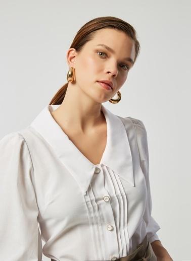 Monamoda Nervürlü Sedef Düğmeli Poplin Gömlek Beyaz